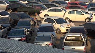 Parkplatz in Bangkok: Was nicht passt, wird passend gemacht