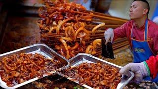 """成都""""最魔性的铁板鱿鱼"""",鱿鱼被老板扭到飞起,日卖大几千串,只按盆卖,60元一铁盆,2碗米饭打不住"""