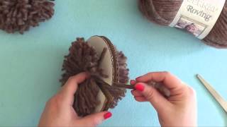 How To: Make a Pompom with a Cardboard Disc