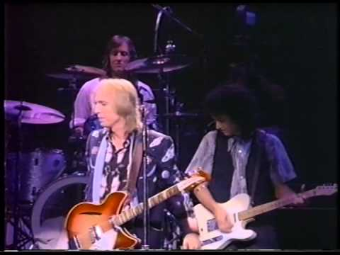 Tom Petty & The Heartbreakers -Little Bit O'Soul - Live