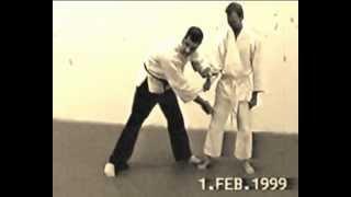 Самооборона. Self Defence. Против ножа. Видео урок 2.