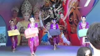 Malaysia Tradition Dance : 2012 Yeosu EXPO KOREA 여수 엑스포 . 전라남도.