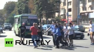 Ukraine: Man beaten in front of police for wearing Soviet t-shirt in Kharkov