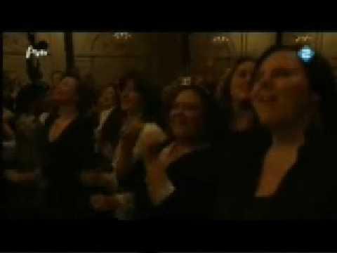 Boris bij Het Metropole Orkest speelt Lieve Hugo: Ode aan de King of Kaseko 271208