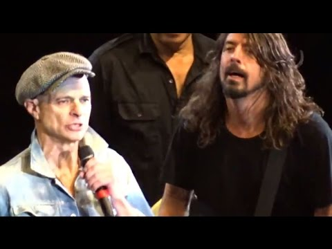 FOO FIGHTERS with DAVID LEE ROTH - Panama 01-10-2015