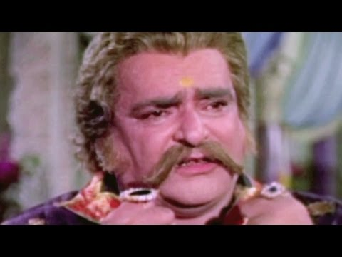 Prithviraj Kapoor is unhappy with Shammi Kapoor - Rajkumar, Scene 3/11