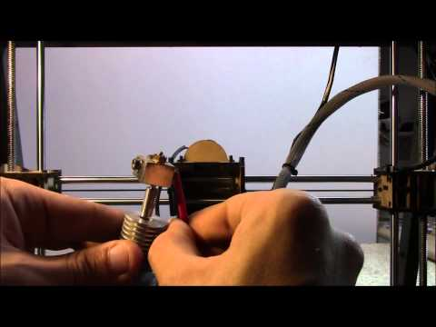 How to clean the nozzle of your 3D printer (sub eng)