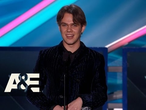 Ellar Coltrane Wins Best Young Actor  2015 Critics' Choice Movie Awards  A&E