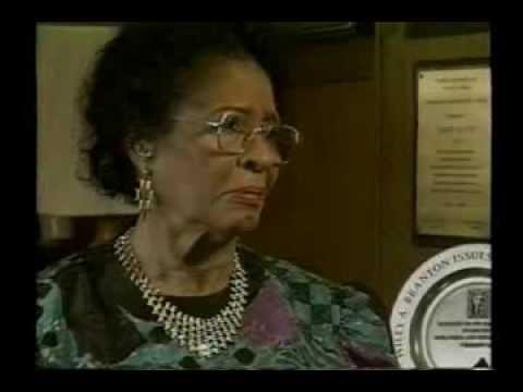 Daisy Bates Civil Rights Trailblazer