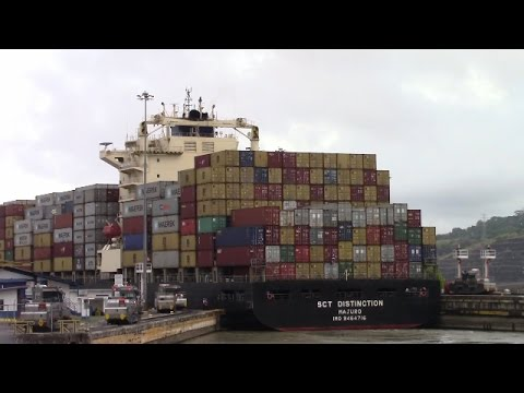 Panama Canal! Container Ship SCT DISTINCTION Entering Pedro Miguel Locks (April 20, 2017)