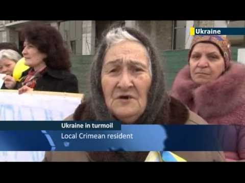 Women of Crimea opposing Putin s invasion / Crimean Tatars / JN1 09/03/2014 09 March 2014