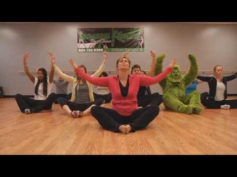 The Grinch Tries Yoga - Remix Compilationиз YouTube · Длительность: 2 мин22 с