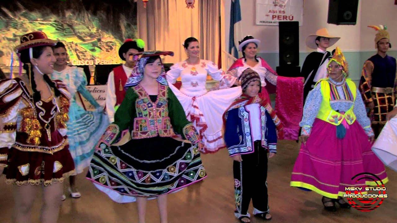 Asi es Mi Peru - Desfile de Trajes Tipicos 2014 - YouTube