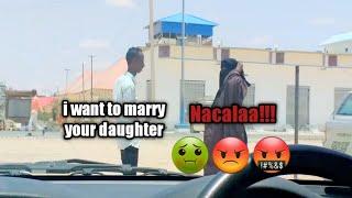Trolling the Somali public(Funny pranks🤣🤣)