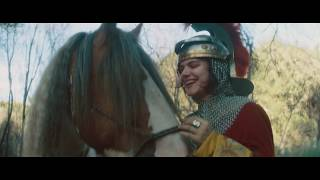 SOKO :: Looking For Love (Official Video)