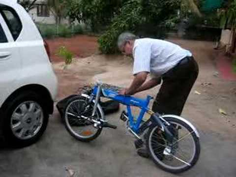 Demonstrating An Indian Made Folding Cycle Youtube