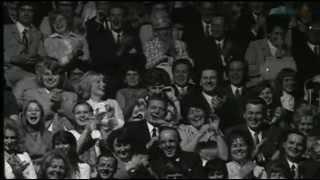 Ausschnitte aus Unterhaltungssendungen im DDR Fernsehen (3)