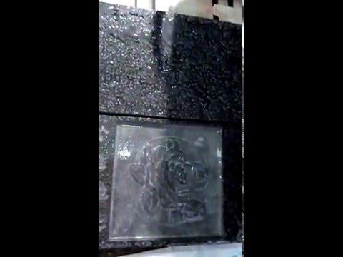 Гравировка камня на фрезерно гравировальном станке с ЧПУ и водяным охлаждением
