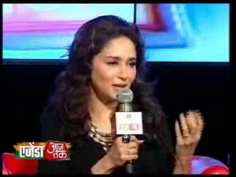 Madhuri Dixit sings at Agenda Aaj Tak