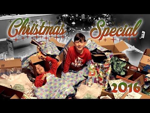 FAMILY CHRISTMAS SPECIAL 2016  ERIKTV365 Day #2369