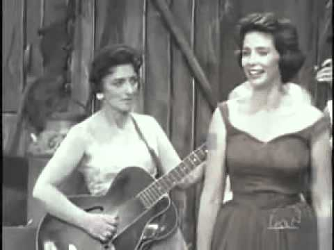 Mother Maybelle and The Carter Sisters   Foggy Mountain Top