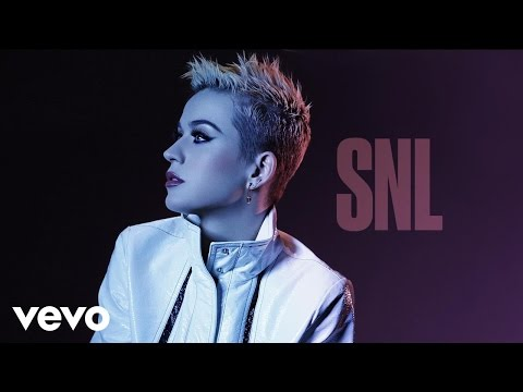 Download Youtube: Katy Perry - Bon Appétit (Live on SNL) ft. Migos