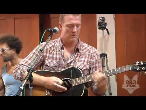 Queens Of The Stone Age - Burn The Witch (Fox Uninvited Guest)