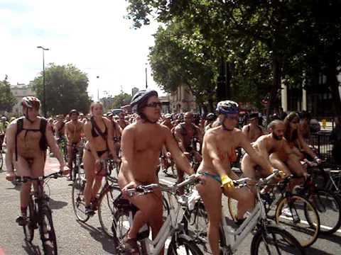 world naked bike ride london 2009