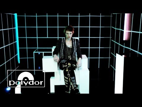 La Roux - Bulletproof (Official Video)