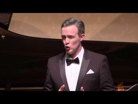 Gavan Ring - Britten, Molloy - Wigmore Hall 2016
