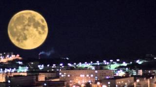 Снял на мобильник две луны !!!мурманск(, 2015-03-08T23:00:44.000Z)