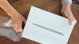 """Unboxing the new 2020 MacBook Air 13"""""""