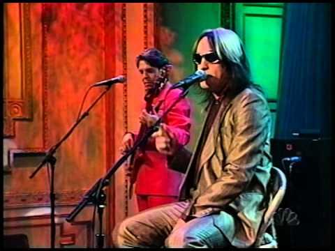 November 1997 - 'I Saw the Light' (Bossa Nova Style) / Todd Rundgren