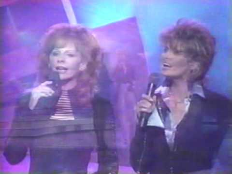 Reba McEntire & Linda Davis - If I Could Live Your Life (LIVE)