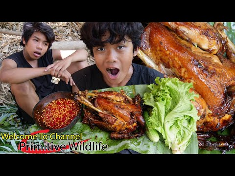 Primitive Technology - Cooking chicken in clay pot for food - Eating delicious Ep00053