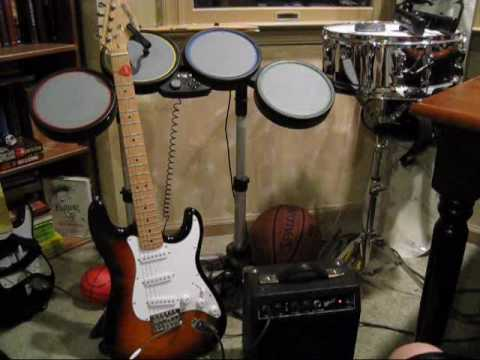 Review: Fender Starcaster Strat Pack - YouTube