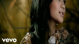 Watch Gita Gutawa Sempurna video