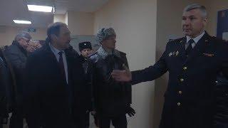 Хохорин и Песошин осмотрели новый отдел полиции в «Салават Купере»