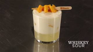 Making Whiskey Sours with the Vitamix Aerating Container - Vitamix