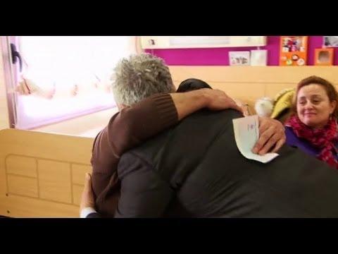 Millonario anónimo - Diego Suárez hace entrega de un cheque para las asociaciones