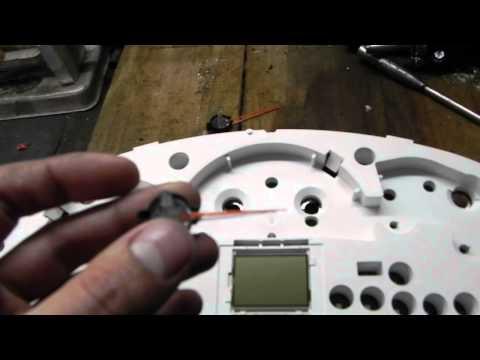 Видеозапись Тюнинг щитка приборов - 5 часть (яркая подсветка и изменение цвета стрелок)