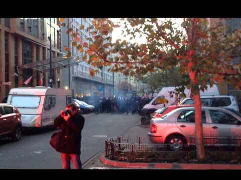 Warschau Poland nationalists attack a house project 11.11.2013