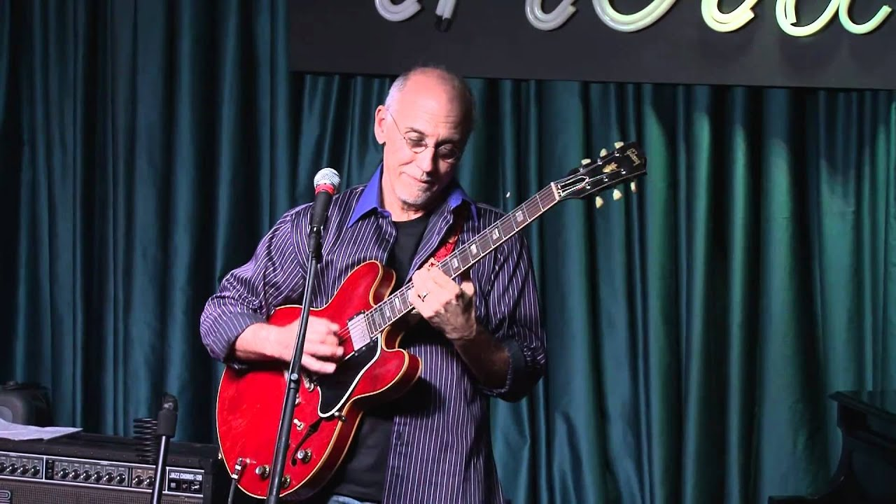 Larry Carlton w Les Paul's Trio at Iridium Jazz Club.m2t