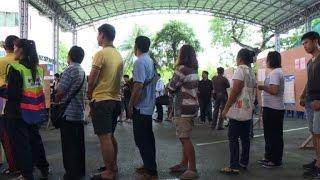 شاهد.. بدء التصويت على الدستور التايلاندي