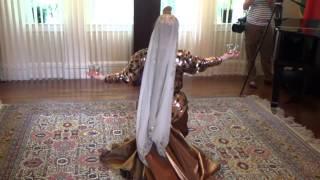 AZE.az: Азербайджанский национальный  танец «Нелбеки»(Посольство Азербайджана в США приняло участие в фестивале национальных культур. ФОТО. ВИДЕО http://aze.az/id/105525., 2014-05-05T23:09:27.000Z)