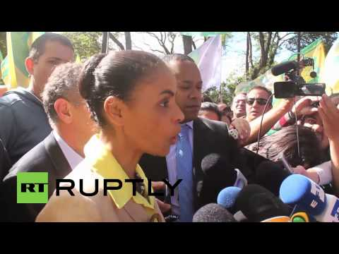 Brazil: Silva greets supporters on eve of presidential election
