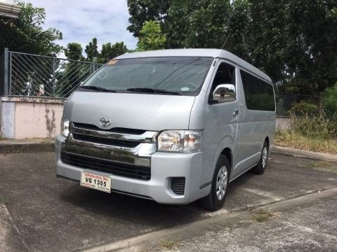 2017 Toyota Hiace GL Grandia 3.0 MT Full Review