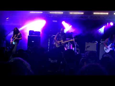 baroness---chlorine-&-wine-(live-at-reading-festival-2015)