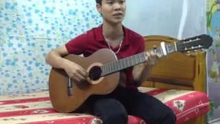 Phát hiện chàng trai guitar với giọng hát mộc - nhẹ nhàng m