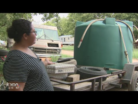 Homeowners in southeast Travis County want municipal water service